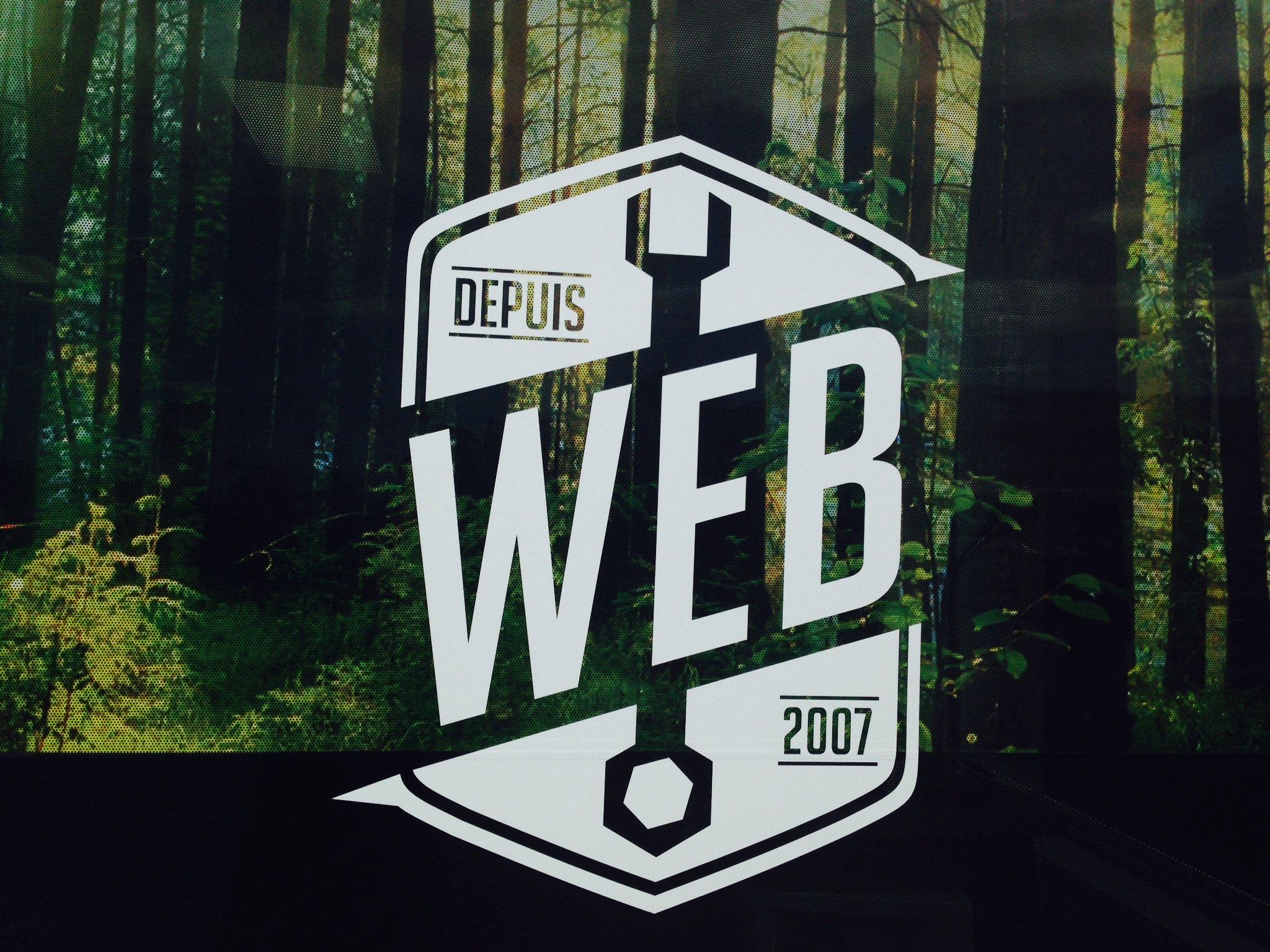Duo Énergie Graphique - Fenêtre perforé Web