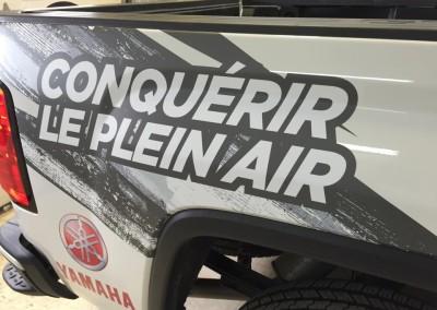 Lettrage sur camion – Docteur de la moto Ste-Perpétue