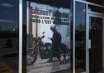 Impression sur vinyle pour vitrine – Bécancour Harley Davidson