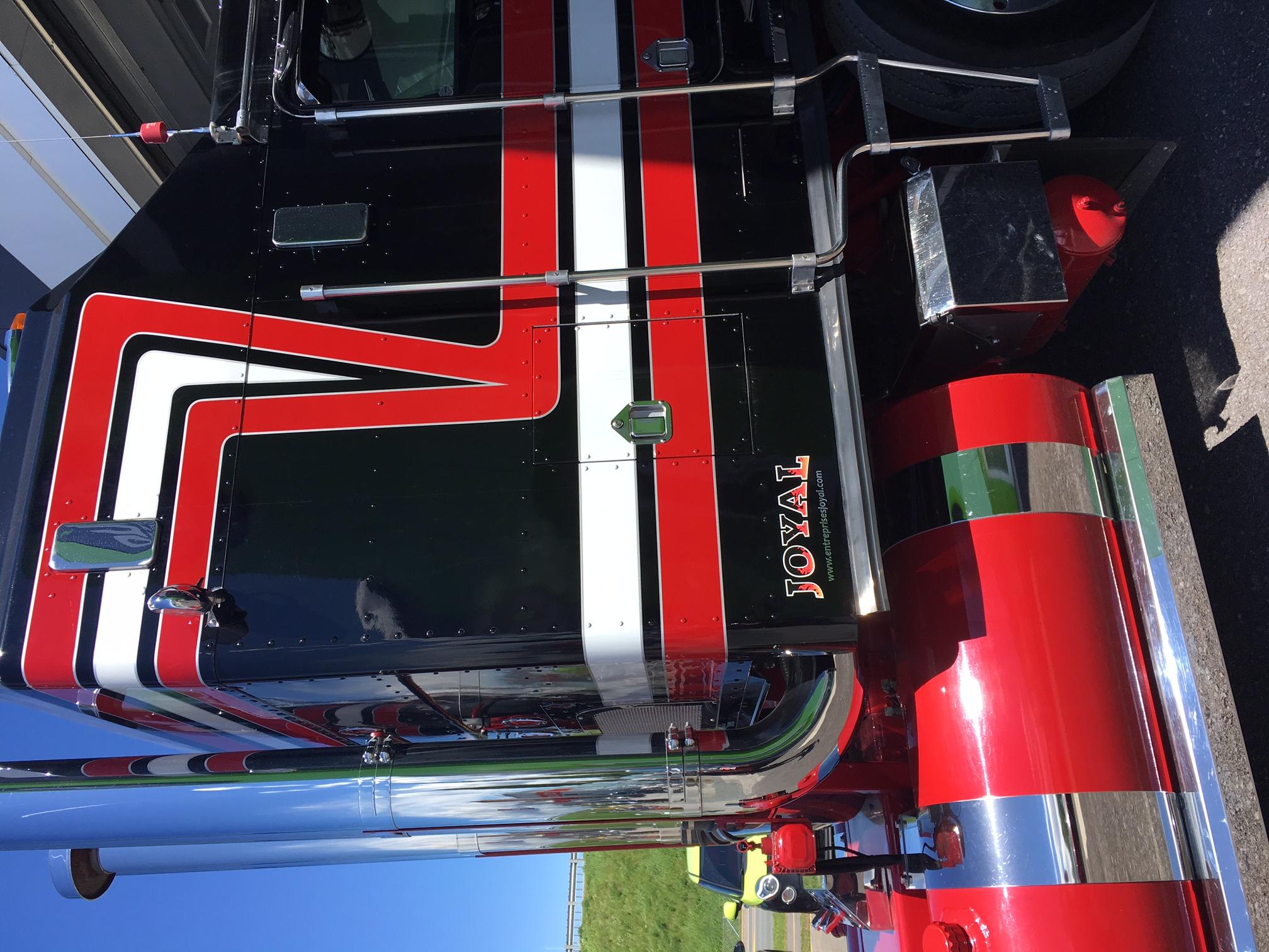 Camion Entreprises Joyal et Fils