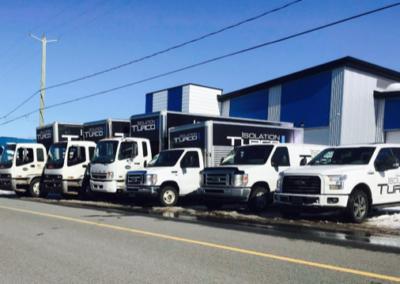 Lettrage d'une flotte de véhicules pour Isolation Turco