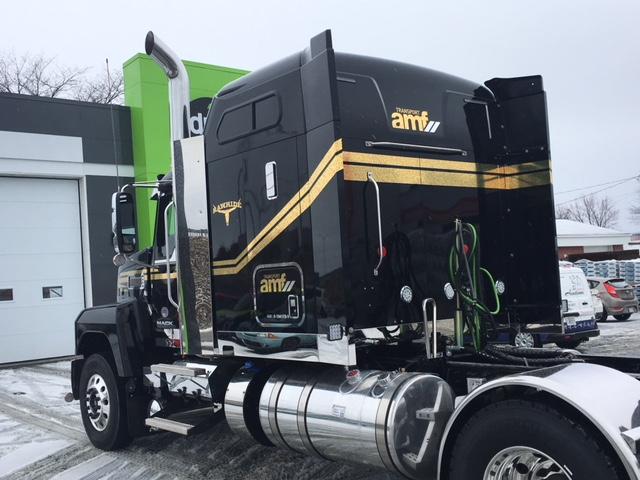 Lettrage camion chrome arrière