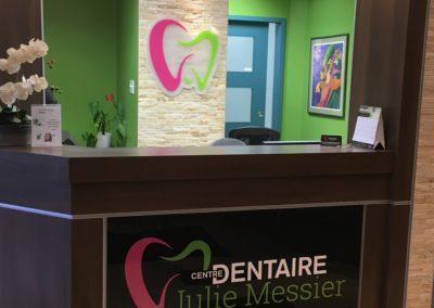 Affichage intérieur pour Centre dentaire Julie Messier