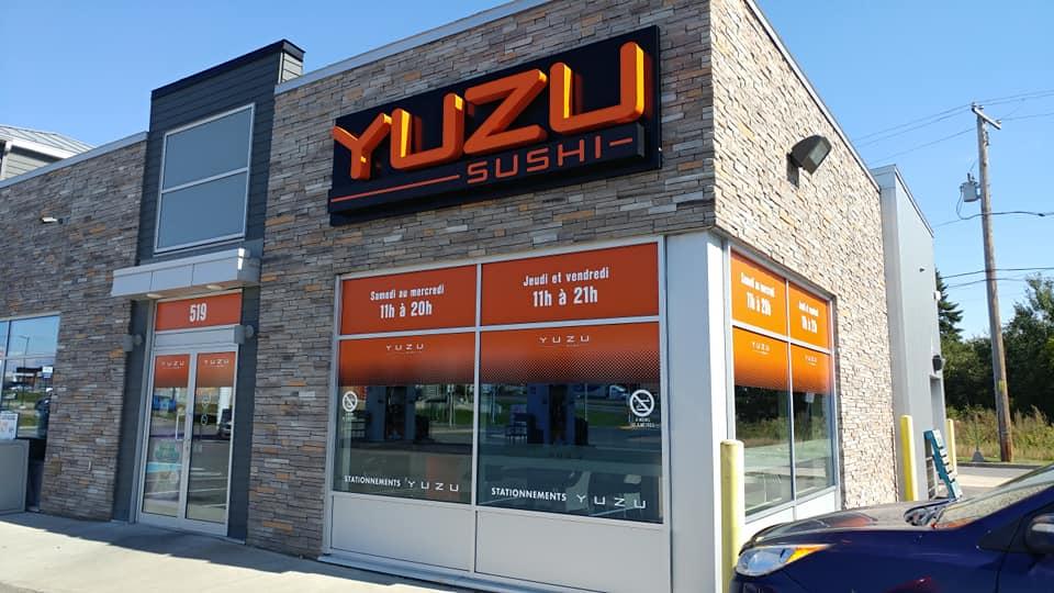 Vinyle et lettrage à vitrines - Yuzu
