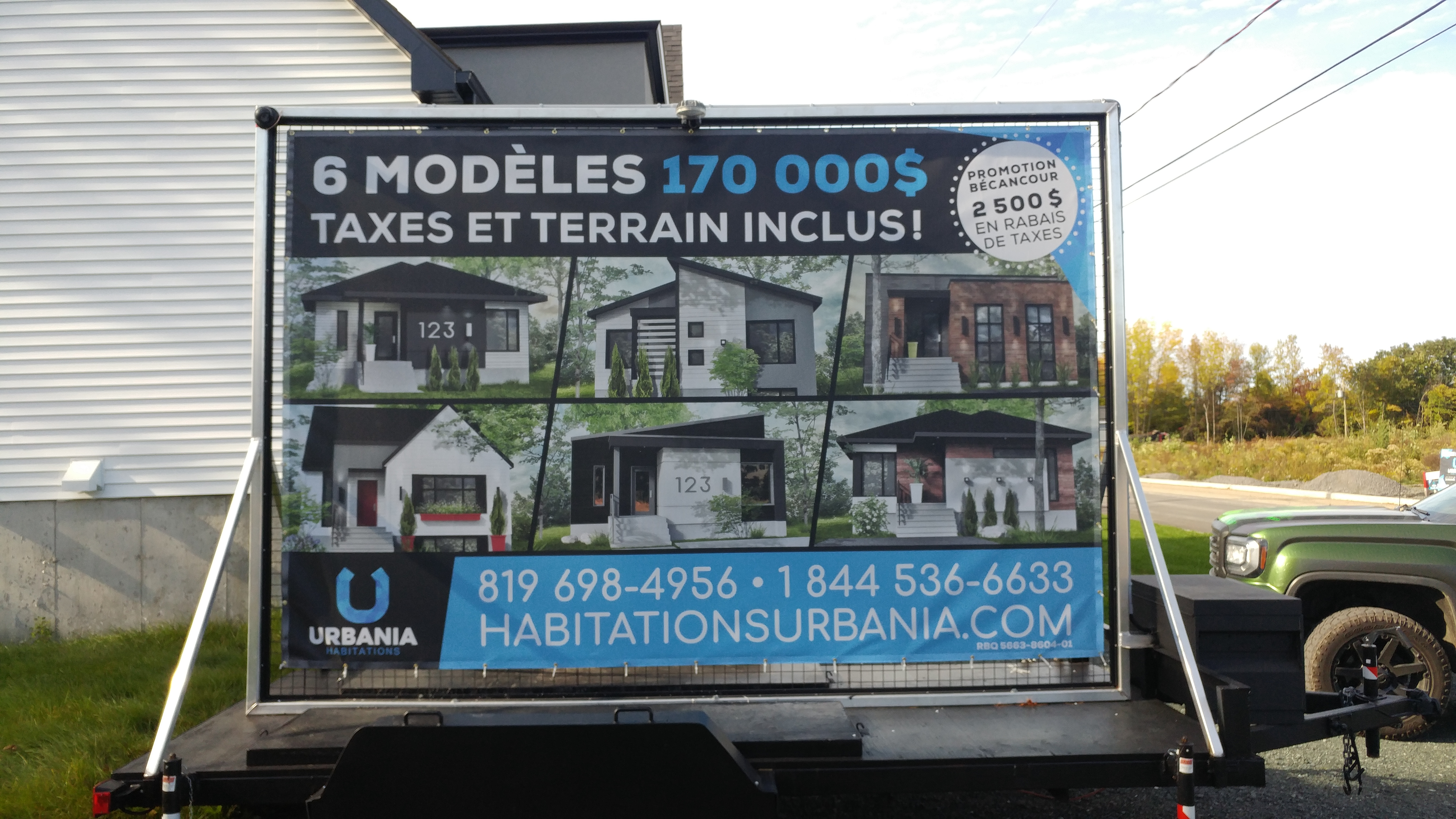 Panneau publicitaire - Habitations Urbania